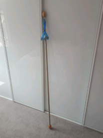 Curtain pole extendable from 54 inches
