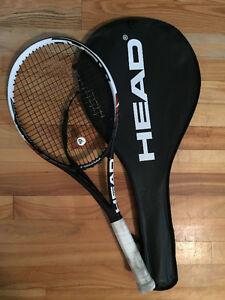 Raquette de tennis HEAD Youtek en graphite.