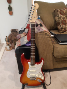 New 2006 Fender Stratocaster Deluxe MADE IN USA
