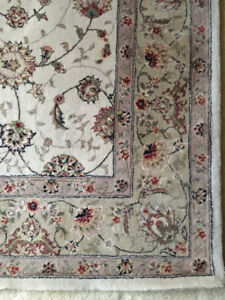 6X9 hand woven wool/silk rug -neutral colours