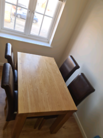"""Fresco 4ft x 2ft 6"""" Natural Solid Oak Dining Table + 4 chairs"""