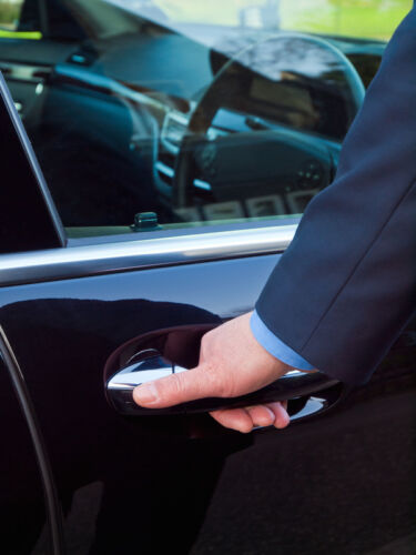 5 Ways to Prevent Your Car Doors From Squeeking
