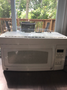 GE Microwave Oven (over the range)