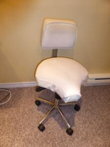 tabouret ergonomique ajustable