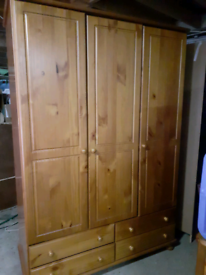 Pine Bedroom suite 5 pieces of furniture