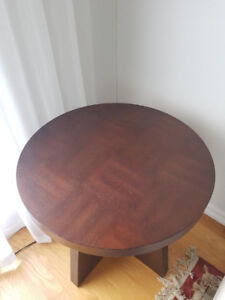 Coffee/ End Tables Set