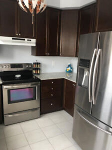 Townhouse available immediately: Mississauga Rd and Sandalwood