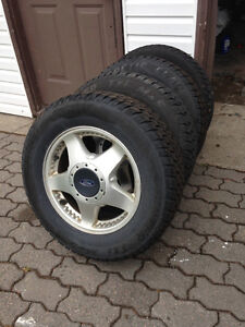 225/65R16 Artic Claw, Like New on Ford Windstar Rims