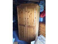 5 Piece Wooden Bedroom Furniture Set