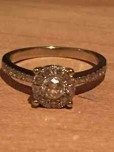 White Gold and Diamond Ring for sale Kitchener / Waterloo Kitchener Area image 1