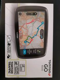 Like new Tomtom Go 6000, 6 inch Lifetime Maps Genuine Box All accessor
