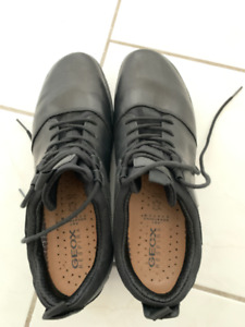 Geox Respira Men's Shoes Size 10 US  **MUST GO**
