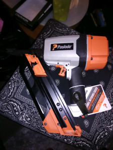 Brand new un used paslode finishing nail gun