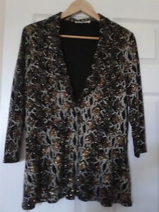 Sleeveless top and jacket size 16 - LIKE NEW Kitchener / Waterloo Kitchener Area image 1