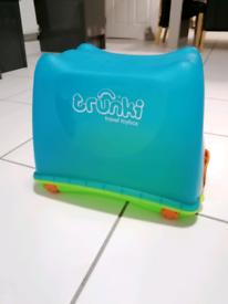 Trunki travel toy box