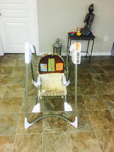Fisher Price - 3 in 1 Swing and Rocker.