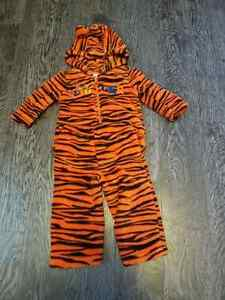 Tigger outfit 6 - 12 months Peterborough Peterborough Area image 1
