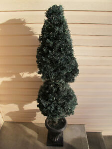 Decorative Topiary Tree with Lights