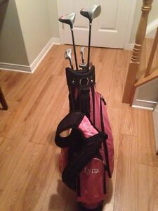 Girls golf clubs right handed  Cambridge Kitchener Area image 2