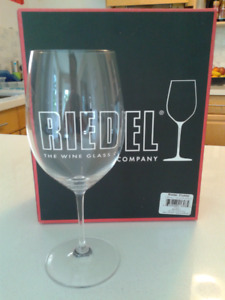 Riedel Vinum Bordeaux (Set of 2) - Long stem crystal wineglasses