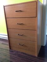 Dresser with 4 drawers. $5.