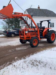 1990 Kubota 4150 and snow blower