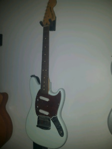 Squire Mustang
