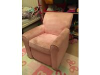 Childs pink recliner chair