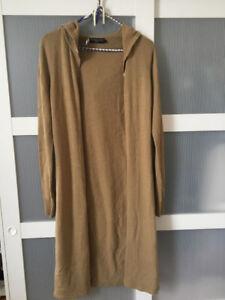 Veste longue beige/cognac avec capuchon (Grandeur small)