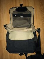 Fully padded camera bag *NEW W/O TAGS*