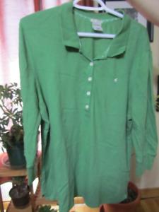Women's tops: dressy, t-shirt, golf shirt etc. sizes XL - XXL