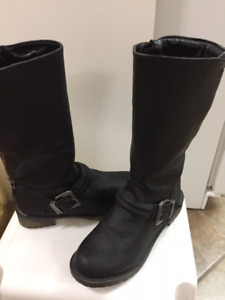 """""""BRAND NEW"""" Leather Boots"""