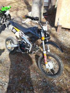 2010 GIO dirt bike