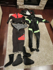 USIA Dry Suit & Fleece Insulated Undergarments &Boot Liners &Bag