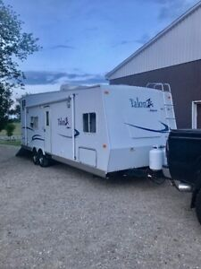 28' Talon ZX Toy Hauler For Rent – USE FOR HUNTING SEASON