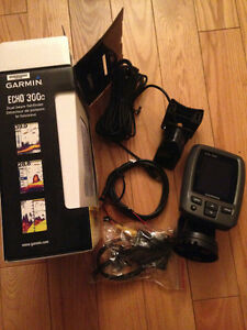 Garmin echo 300c fish finder