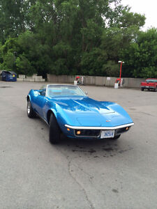 Looks and runs great 69 vette convertible