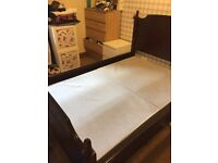 Stagg Double bed