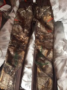 Insulated under armour pants