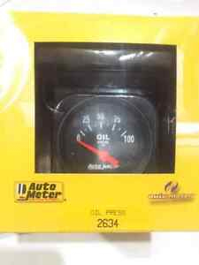 "Autometer Electrical Oil Pressure Gauge 2 1/16"" Dia Black Face"