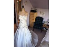 Wedding dress Justin Alexander. Size 12