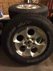 2016 Jeep Wrangler Rims and Tires x5