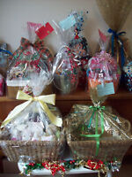Gorgeous Gift Basket for Mother / Sister / Couple / New Home