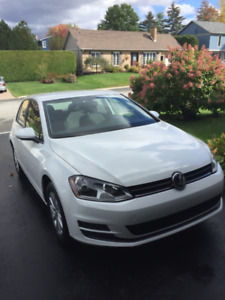 2016 Volkswagen Golf Trendline Berline (Transfet de location)