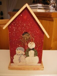CHRISTMAS SNOWMEN WOOD BIRDHOUSE