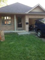 4 ROOM HOUSE FOR RENT FOR STUDENTS