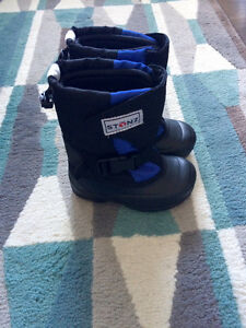 Toddler Boys Stonz Winter Boots 9T