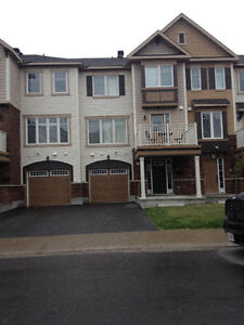 TOWNHOME AVAILABLE FOR RENT IN BARHAVEN FROM December 1