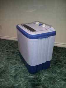 Washers (small compact twin-tub) Windsor Region Ontario image 4