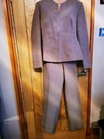 Ladies trouser suit size 14